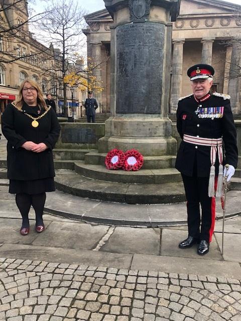 Shona Morrison, Council Convenor and Seymour Munro, LL, Elgin Memorial, Remembrance Sunday 2020